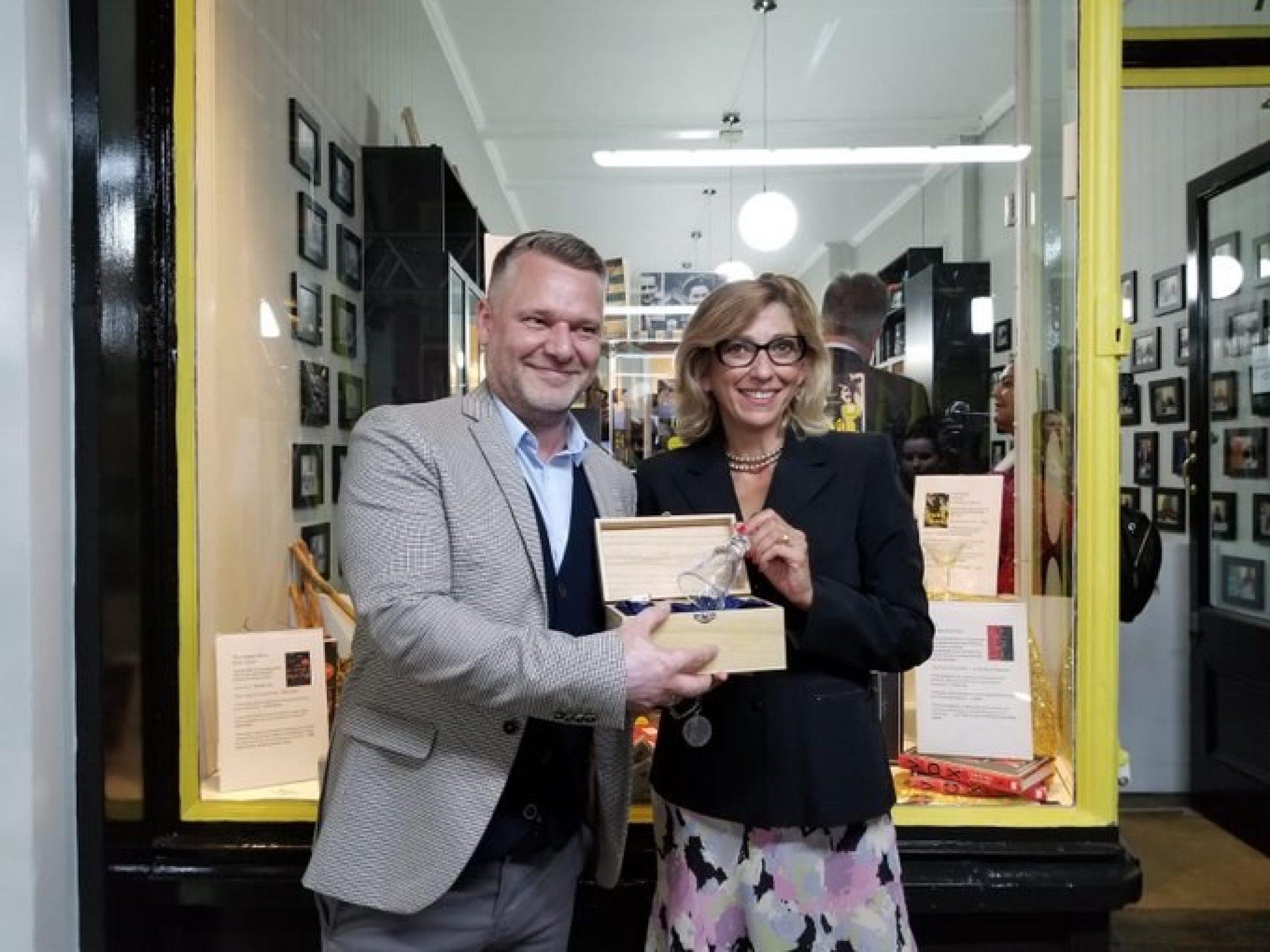 VOX Wins Glass Bell Award 2019