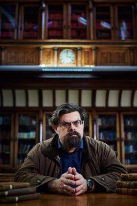 Adrian Tchaikovsky photo
