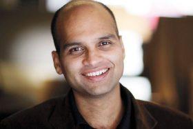 Aravind Adiga photo