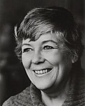 Dorothy Dunnett photo