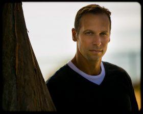 Gregg Hurwitz photo