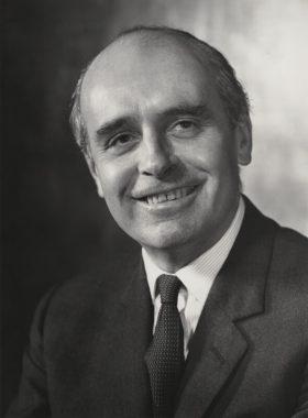 Hammond Innes photo