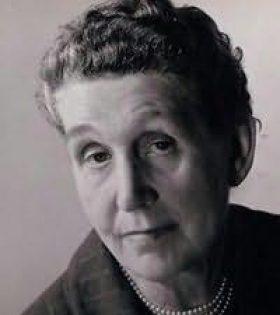 Josephine Bell photo