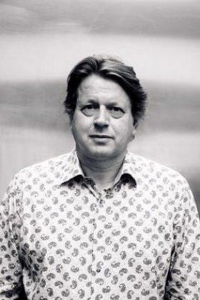Peter F. Hamilton photo